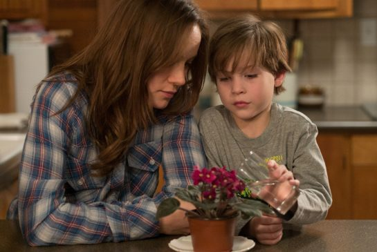 brie-larson-and-jacob-tremblay-in-room-2.jpg.size.xxlarge.closeup