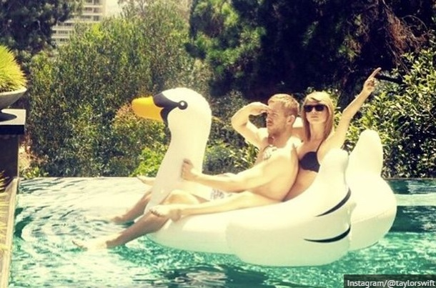 Riding an inflatable swan was ultimate #goals