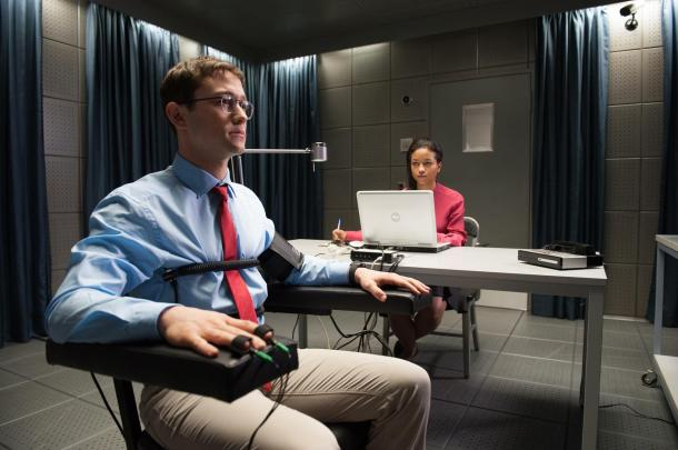 snowden-film-review